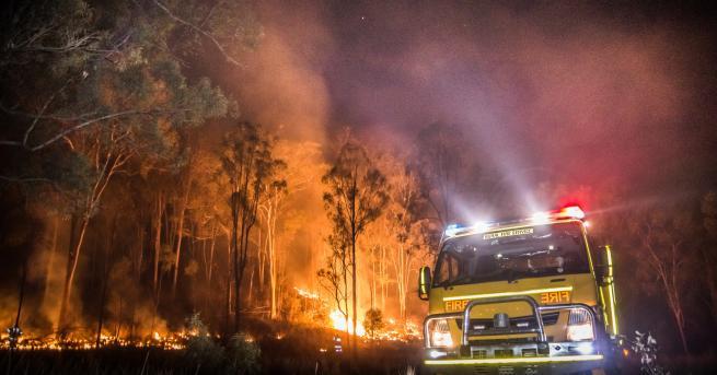 Свят Загинали и ранени при пожар в дом за възрастни
