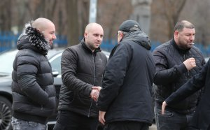 Срещата на Васил Божков с феновете приключи