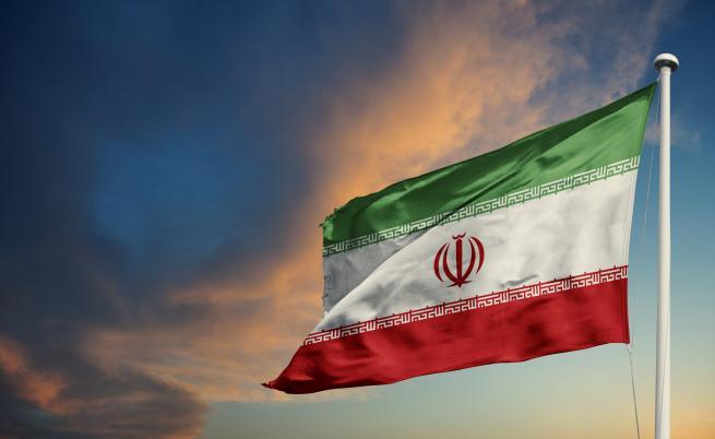 Иран отказва да предаде черните кутии на сваления самолет