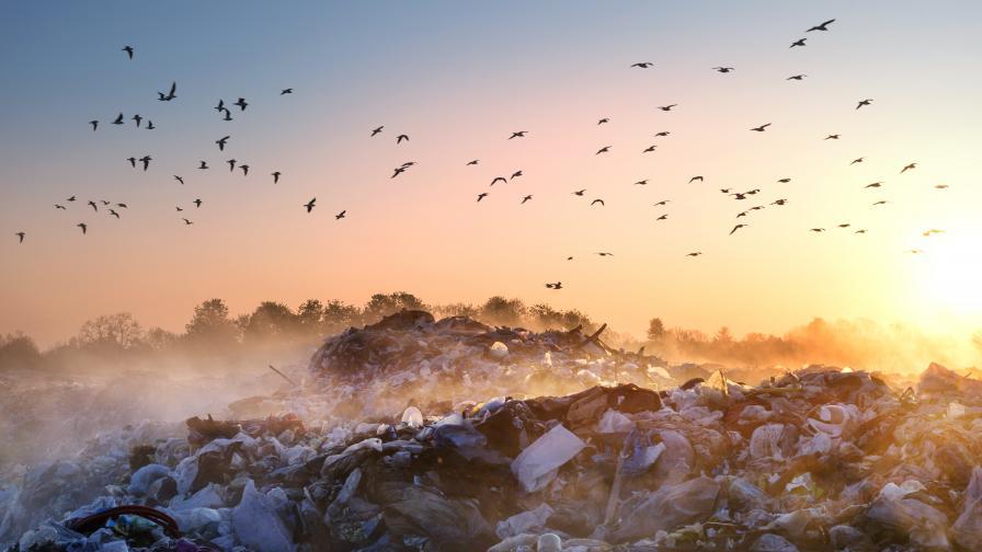 """Задържаха 137 тона отпадъци на ГКПП """"Капитан Андреево"""""""
