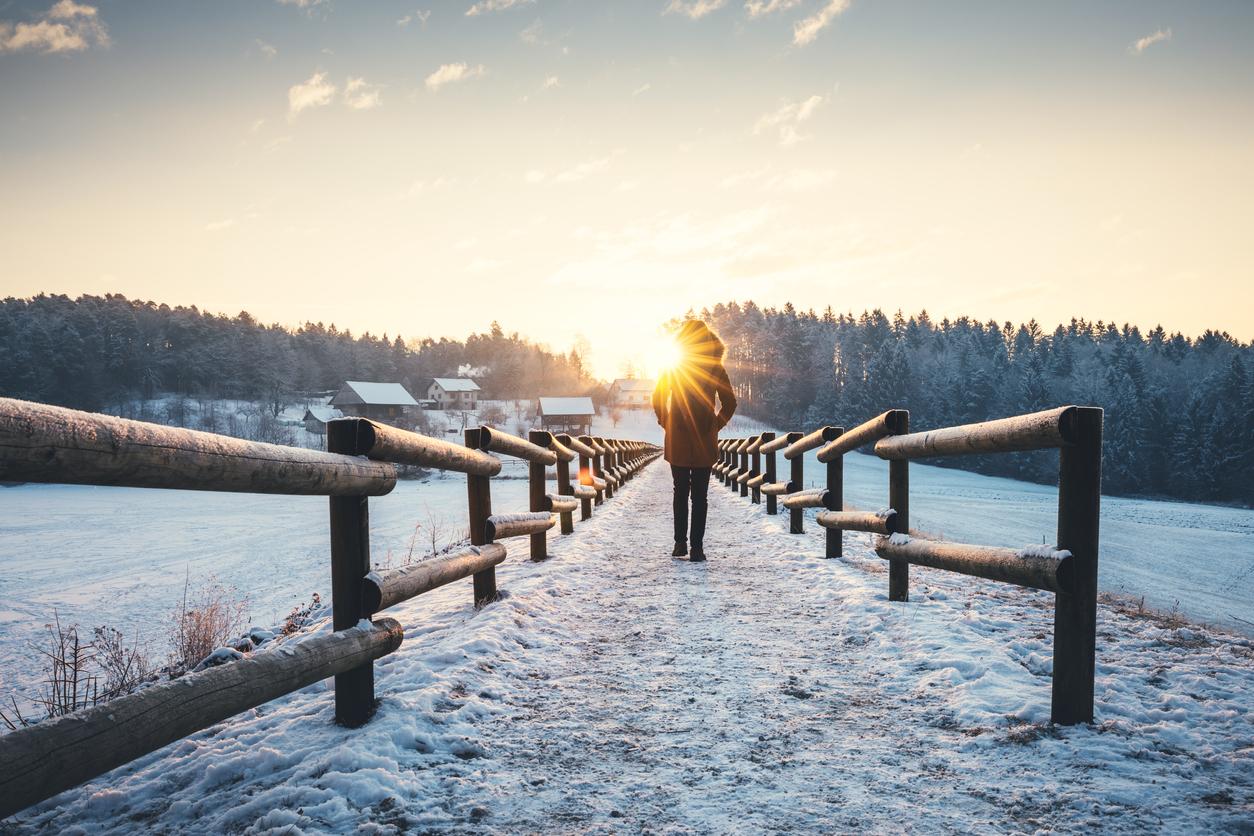 <p><strong>Ходенето е социална активност</strong></p>  <p>Разходката навън с приятели е чудесен начин да се разсеем от ежедневните проблеми и да разпуснем от тежък ден.</p>