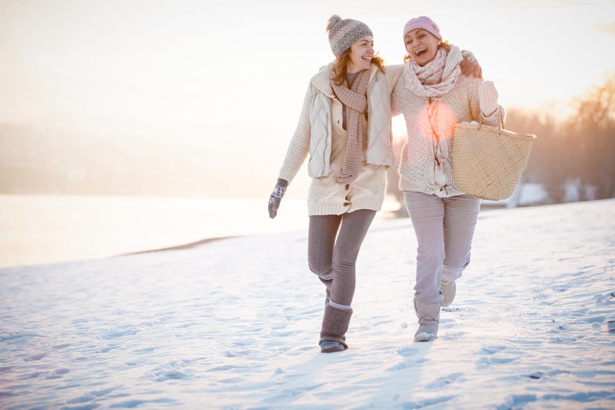 <p><strong>Изграждане на здравословни навици</strong></p>  <p>Ходенето е дейност, която лесно и неусетно ни създава здравословни навици, които по-трудно бихме изградили с ходенето на фитнес. Освен това ходенето навън ни позволява да се любуваме на природата, родния ни град и прочие.</p>
