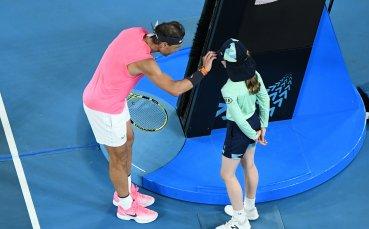 Как постъпи Надал с удареното момиче? Тенисистът отново трогна света
