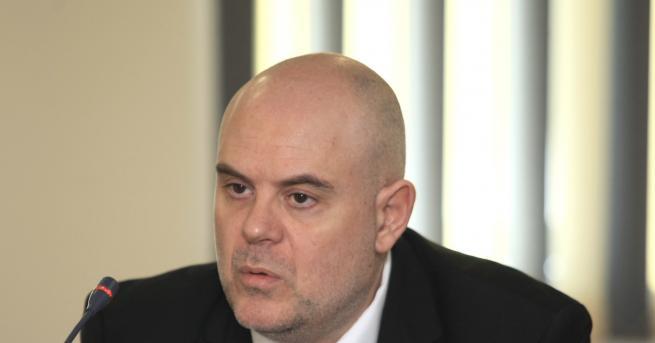 България Двама руски дипломати у нас обвинени за изнасяне на