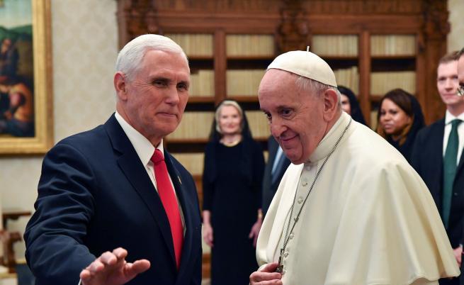 Папа Франциск, Майк Пенс