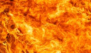 400 туристи бяха евакуирани от горящ хотел в Пампорово