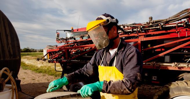 България Отровни пестициди в Карлуково, има ли опасност за местните