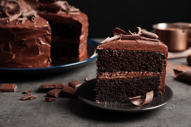 <p>&quot;Живот без шоколад е живот, в който нещо липсва.&quot; -&nbsp;Марша Колмън Мортън&nbsp;</p>