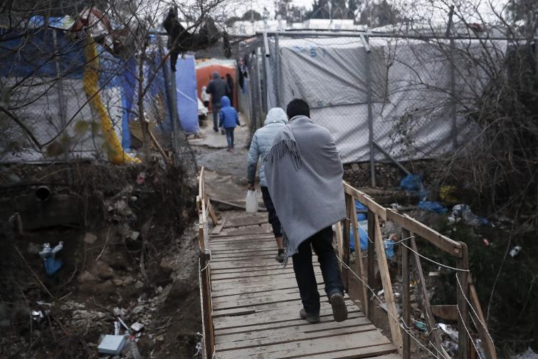 мигранти гърция лесбос