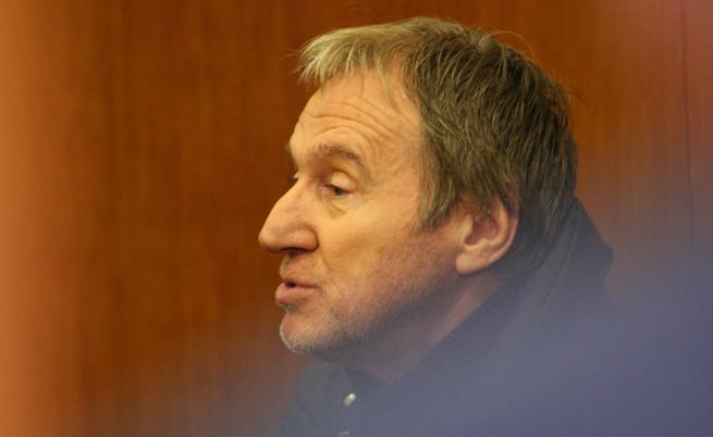 Бившият шеф на Комисията по хазарта остава в ареста (Видео)