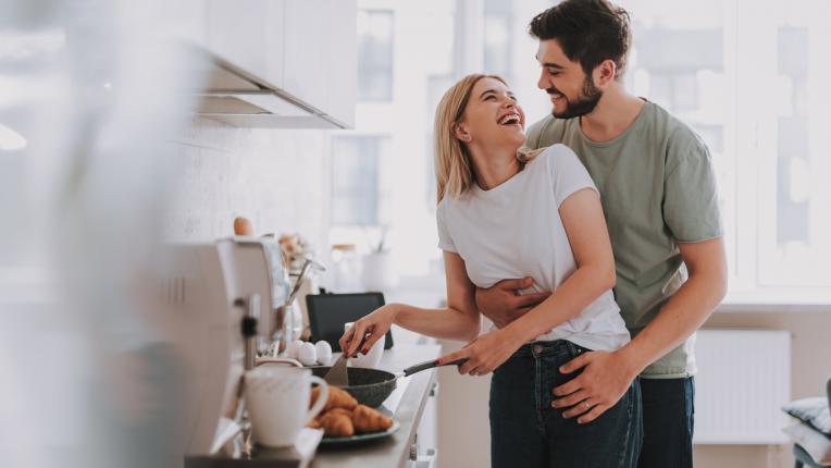Коя е зодията на вашата връзка и какво означава за отношенията ви