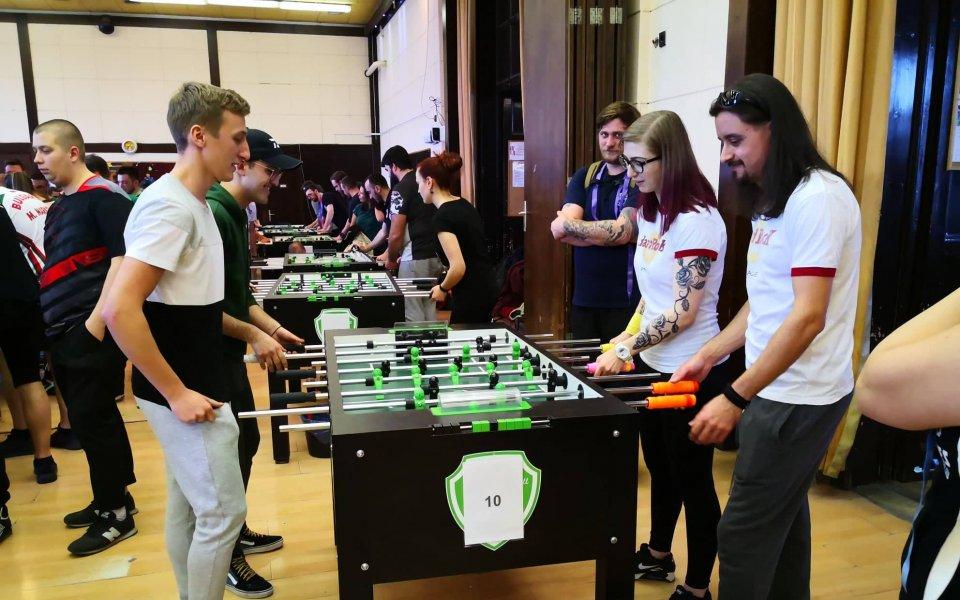 Българи се завърнаха от международния турнир по футбол на маса