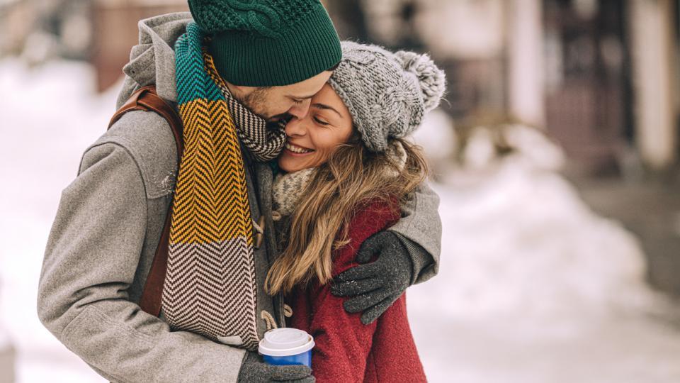любов двойка зима сняг
