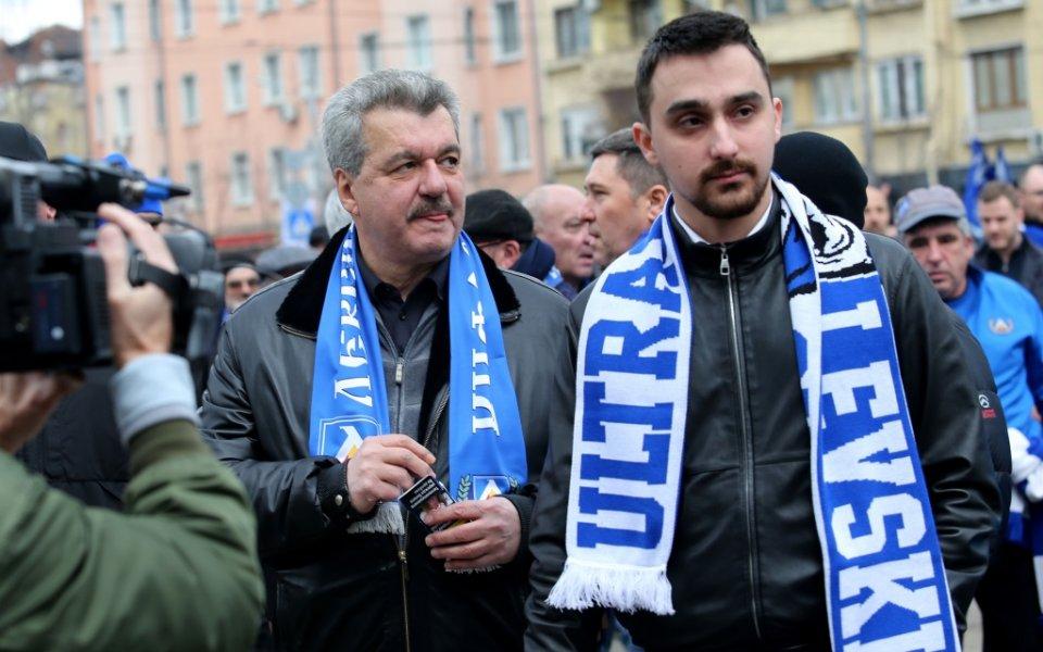Тодор Батков-младши, син на бившия дългогодишен собственик на Левски адвокат