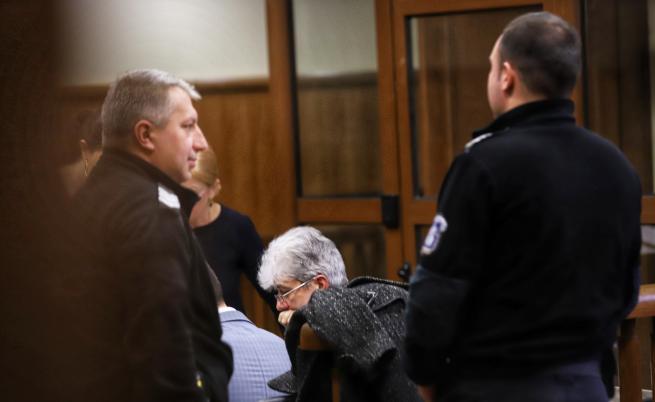 Бившият екоминистър Нено Димов остава в ареста