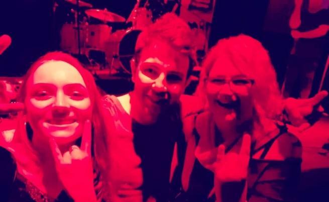С бивши ученици на концерт на БТР.