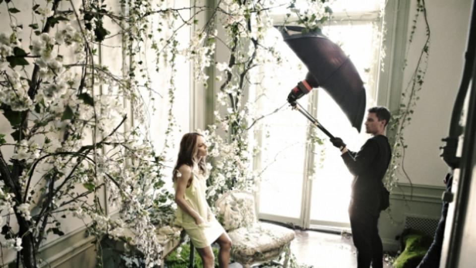 """Зад кулисите на снимките за новата рекламна кампания на """"H&M"""", представяща колекцията """"Conscious"""", с участието на Ванеса Паради"""