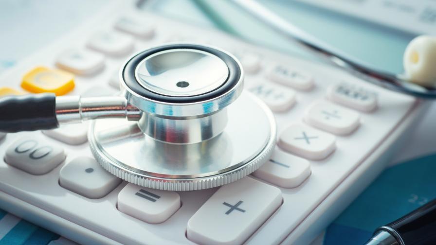 Кабинет и синдикати се разбраха за заплатите на медицински специалисти