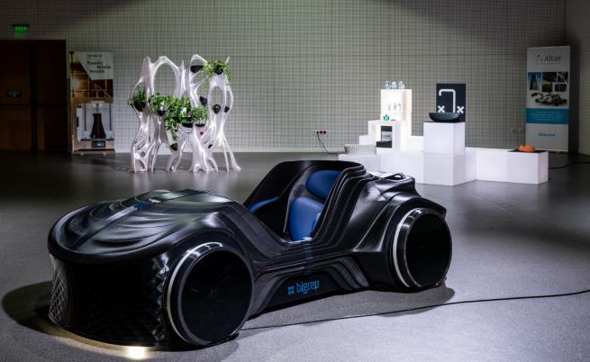 3D кола, къща и човешки стави: бъдещето идва в София
