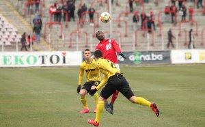 НА ЖИВО: ЦСКА води на Ботев Пд, Белтраме с първи гол в Бълагрия
