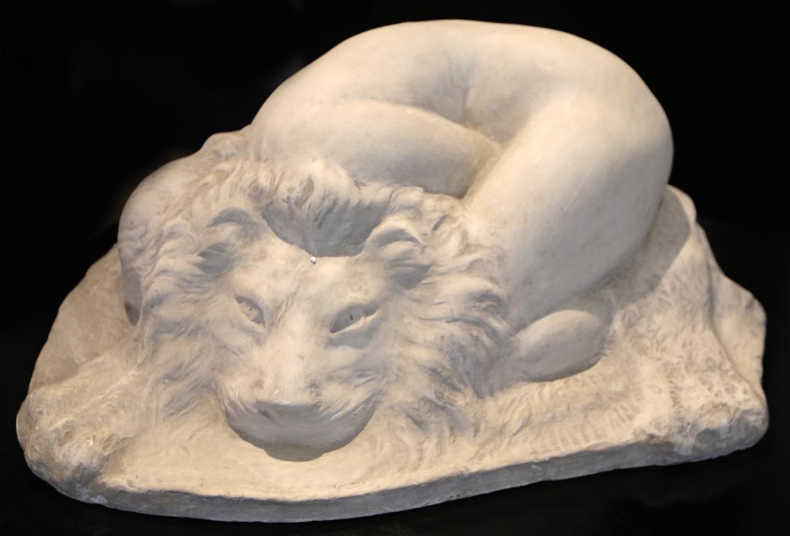 <p>Голо женско тяло върху лъвска кожа, 1935 г.</p>