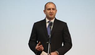 Румен Радев поиска оставката на правителството и главния прокурор