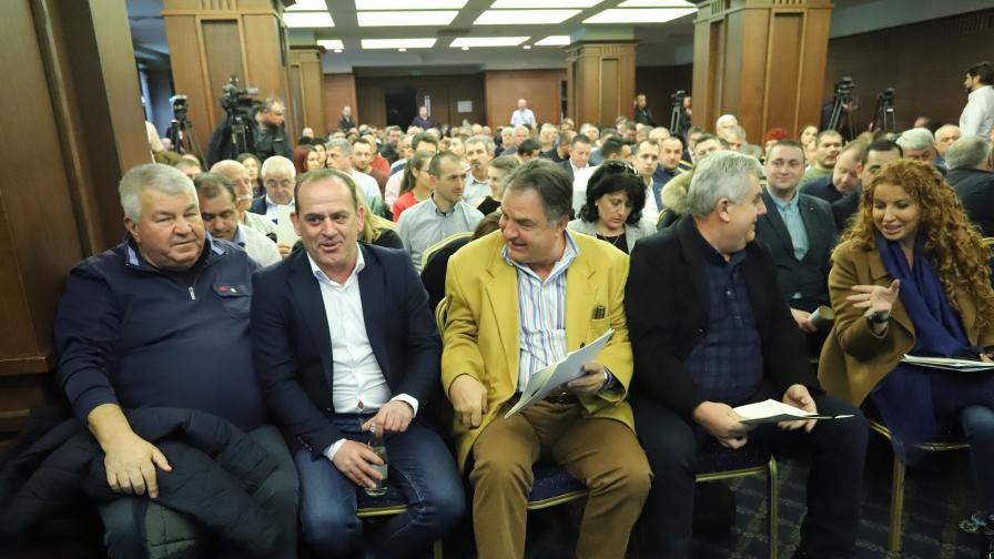 """Проф. Олег Асенов, член на Управителния съвет на Агенция """"Пътна инфраструктура"""", участва в среща-дискусия на тема """"Предизвикателствата при въвеждането и експлоатацията на тол системата в България"""""""