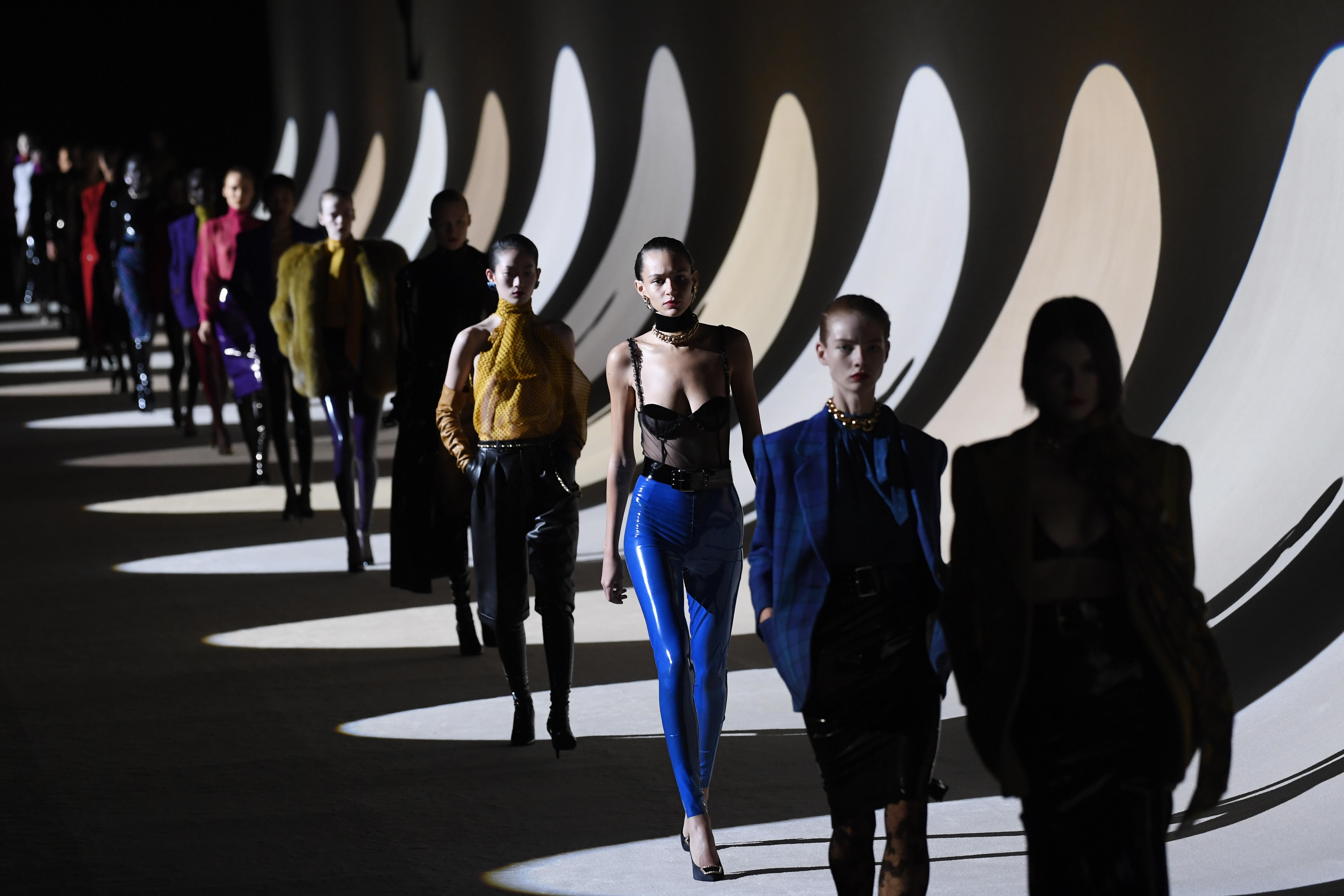<p>Anthony Vaccarello за Yves Saint Laurent</p>
