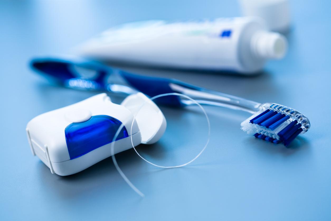 <p><strong>Конецът за зъби</strong></p>  <p>Пропускането на конеца за зъби е голяма грешка. Опитвайте се да не я допускате!</p>