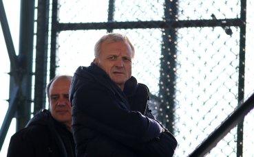 Ганчев надъхва ЦСКА преди рестарта