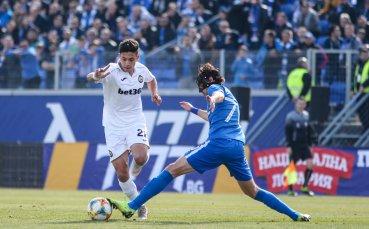Левски и Славия излизат в дерби с цена място в топ 3