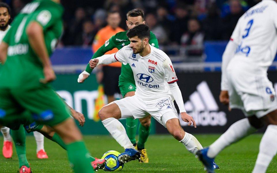Отборът на Лион победи с2:0 над Сент Етиен в двубой