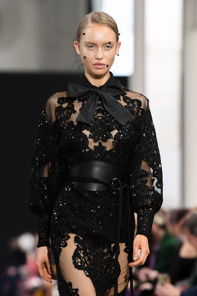 <p><strong>Elie Saab</strong></p>