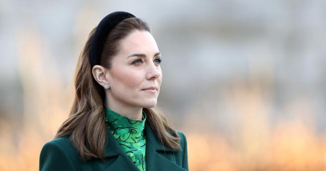 Любопитно Херцогинята на Кеймбридж се появи за първи път с