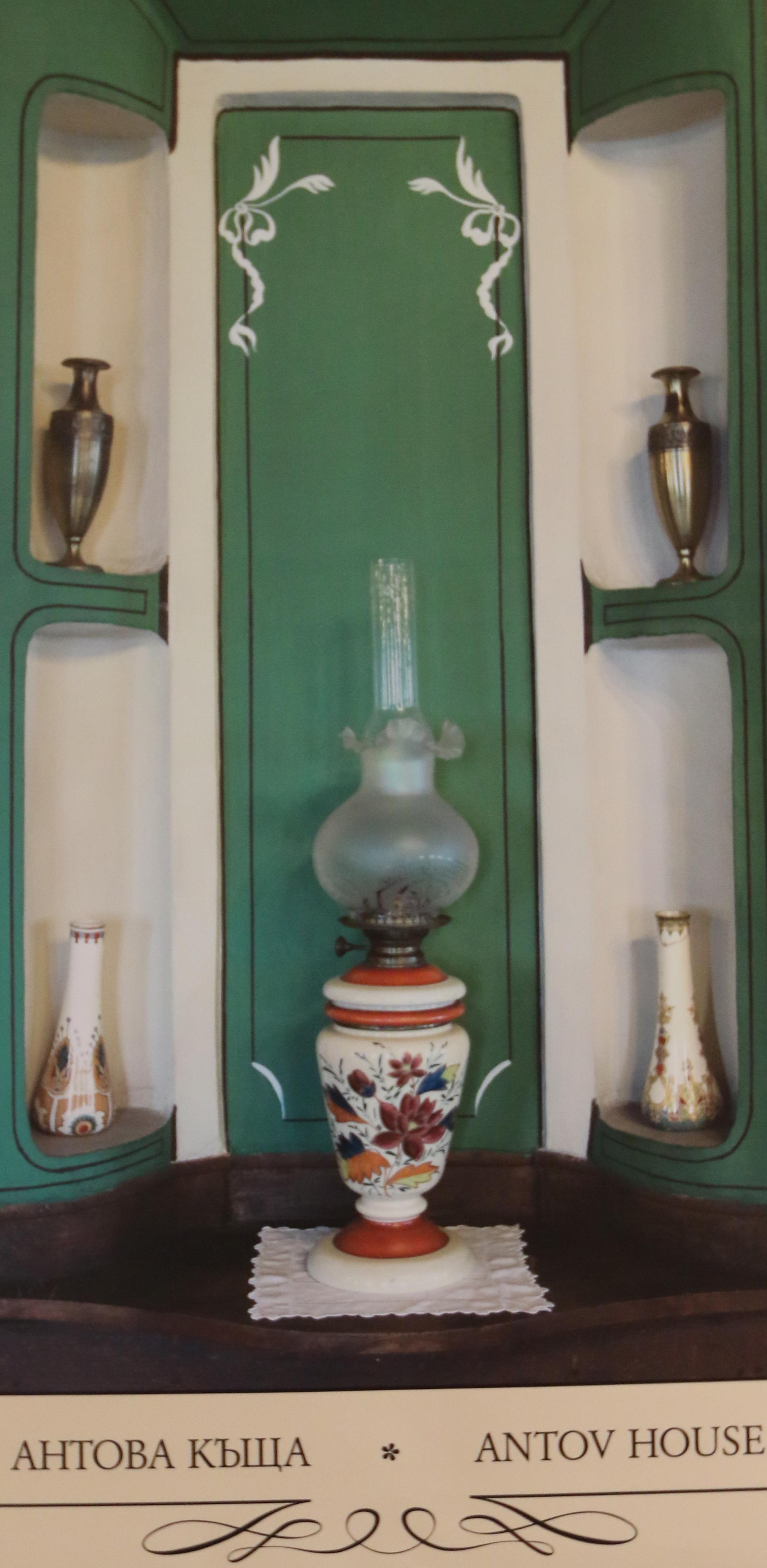 <p>В Националния етнографски музей бе открита изложбата &bdquo;Алафрангата&ldquo; на Регионален етнографски музей Пловдив.</p>