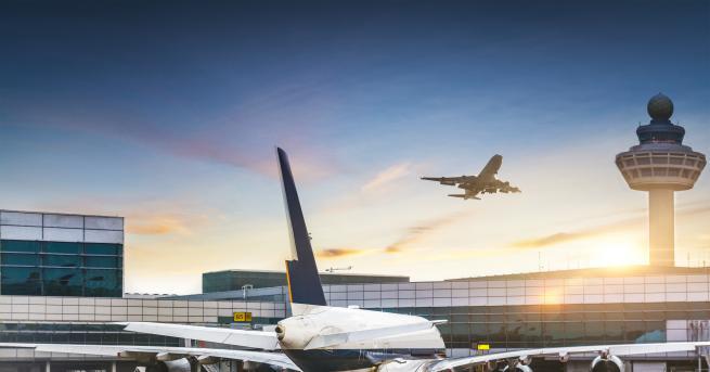 Свят Сигнал за бомба, евакуираха летището в Страсбург Два полета