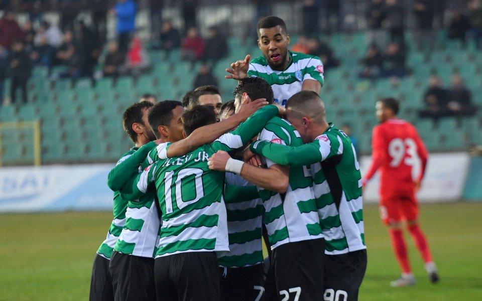 Двама юноши на Черно море подписаха договори, обявиха от клуба.