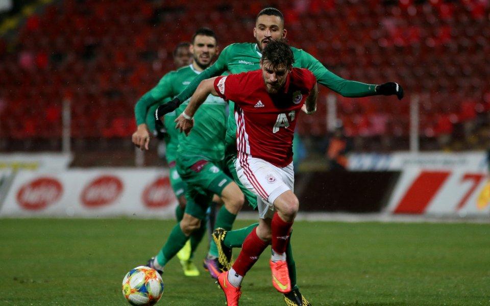 ЦСКА посреща Берое в търсене на поне точка, за да