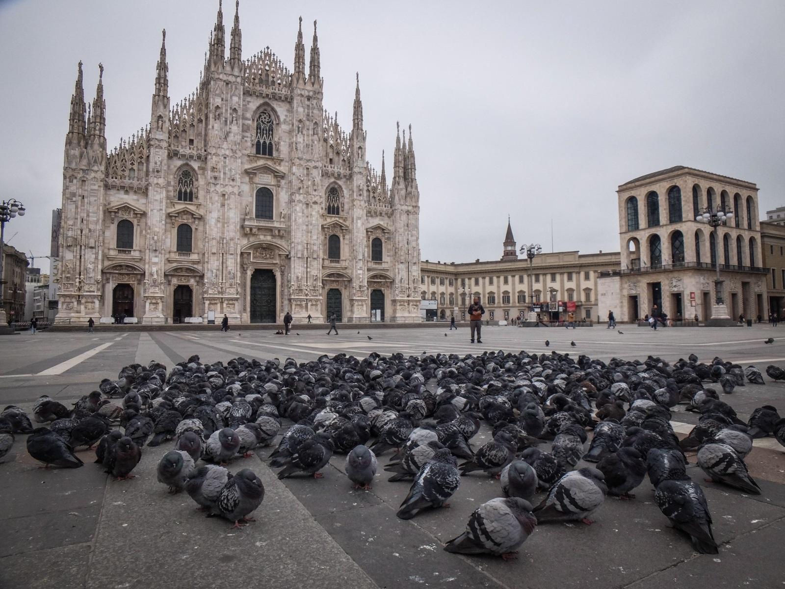 <p>Пиаца Дуомо в Милано</p>