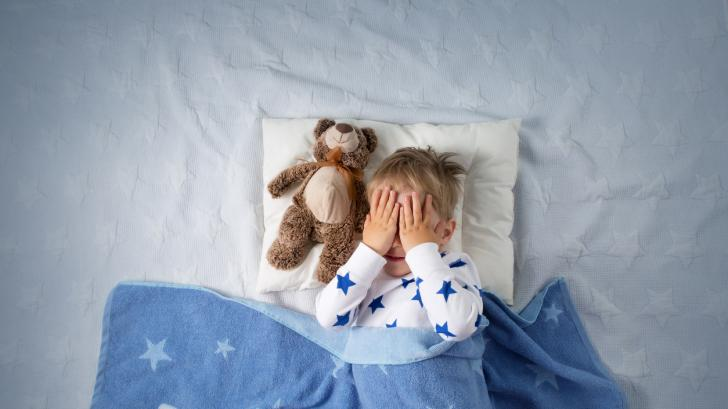Защо се случват кошмарите и как да успокоим детето след тях?