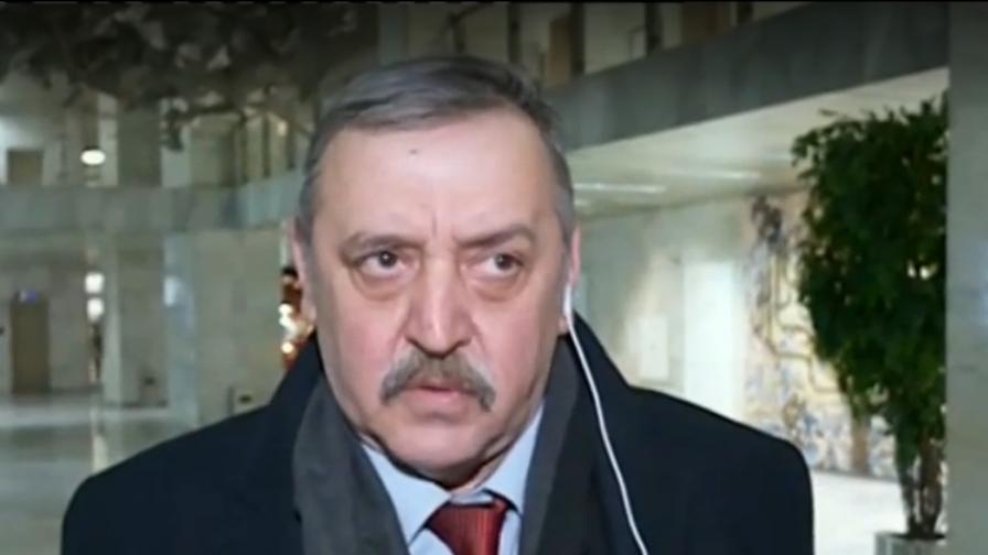 <p>Кантарджиев: Няма доказано лекарство за коронавируса</p>
