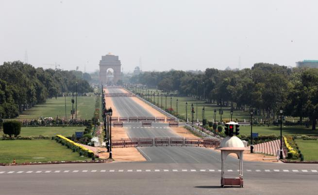 """Коронавирусът в Индия: """"Трагедията е епична"""""""