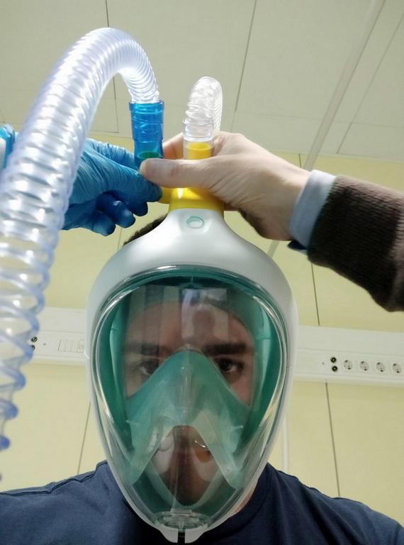 <p>Като цяло прототипът е тествандиректно в болница Chiari, свързан с тялото на вентилатора и доказа, че работи правилно.</p>
