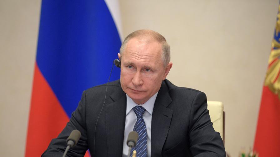 """Путин отмени традиционната """"Пряка линия"""""""
