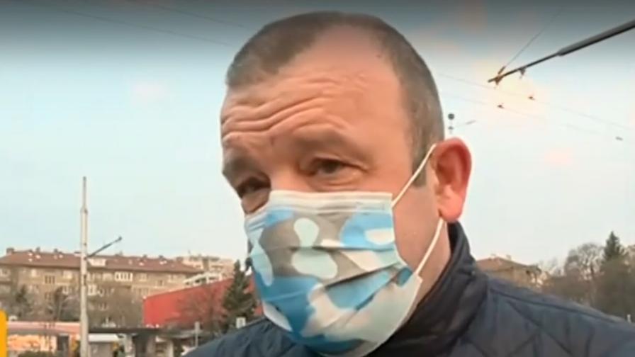 Каква е ситуацията с маските, има ли достатъчно в аптеките