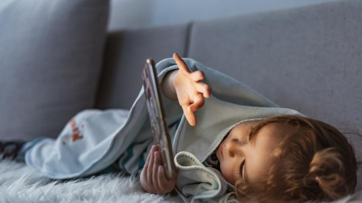 Скъпи родители, внимавайте с времето пред екраните