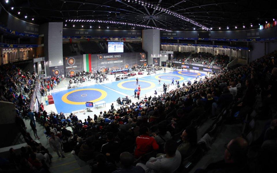 Олимпийските квалификации в борбата остават за следващата година, реши изпълкомът