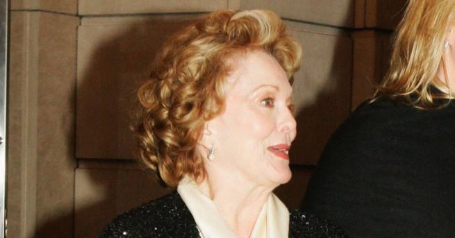Свят На 86-годишна възраст почина актрисата Шърли Дъглас Тя си