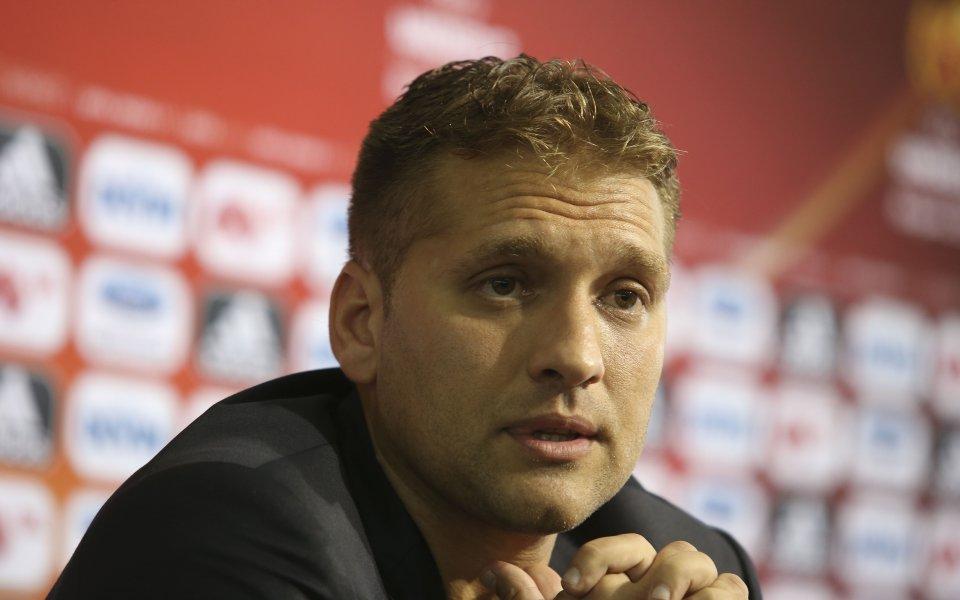 Бившият капитан на българския национален отбор Стилиян Петров критикува решението