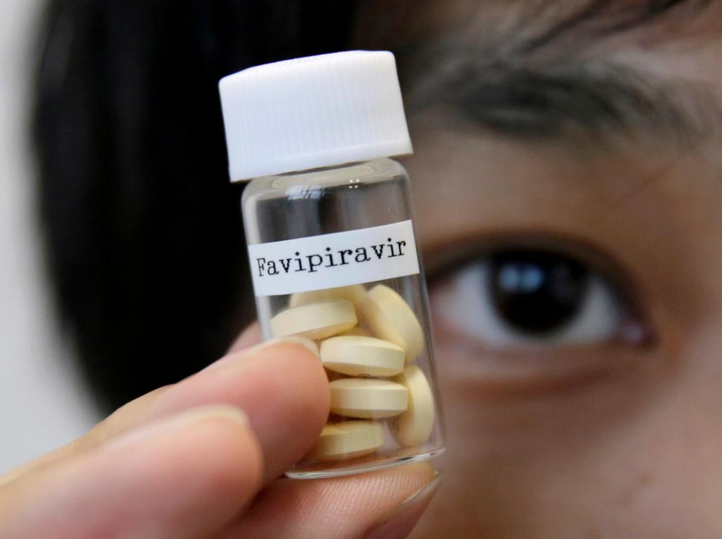 <p>Япония планира да даде безплатно на 20 страни, сред които и България, противогрипното лекарство Авиган (Avigan), известно още като Фавипиравир (Favipiravir) за да го използват за лекуване на пациенти, заразени с новия коронавирус.</p>  <p>Това обяви днес японският министър на външните работи Тошимицу Мотеги, цитиран от националната информационна агенция Киодо, съобщава БТА</p>